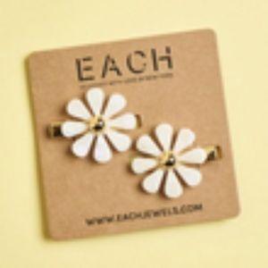 Each Jewels Flower Hair Clip